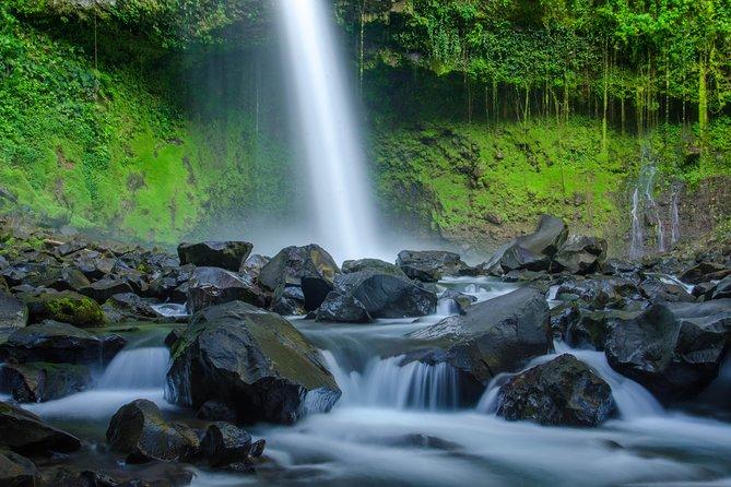 Skip-the-Line La Fortuna Waterfall Admission Ticket