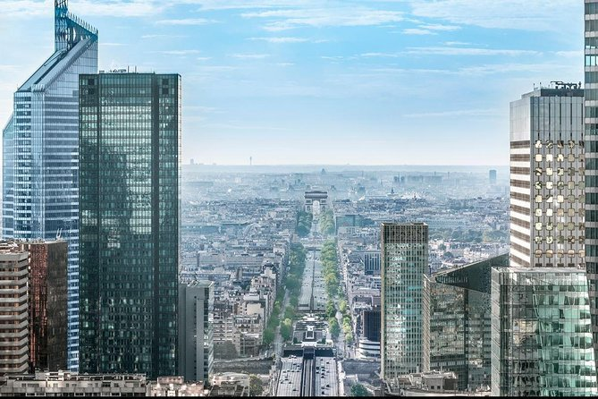Skip the Line: La Grande Arche Paris La Defense Skydeck Admission Ticket