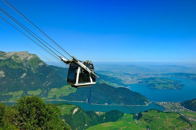 Sla de wachtrij over: CabriO Mt Stanserhorn-treinkaartje