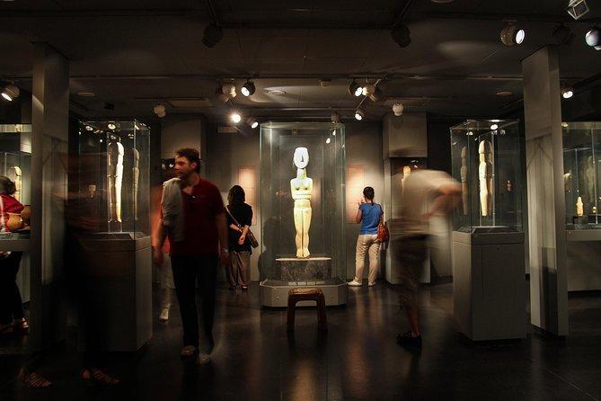 Spring over linjen: Entrébillet til cykladisk kunstmuseum