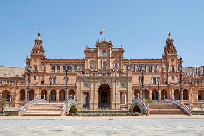 Tour guiado de 3 dias em Cáceres e Sevilha saindo de Madri em ônibus e trem de alta velocidade