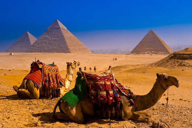 Private Tour to the Pyramids of Giza from Cairo Airport