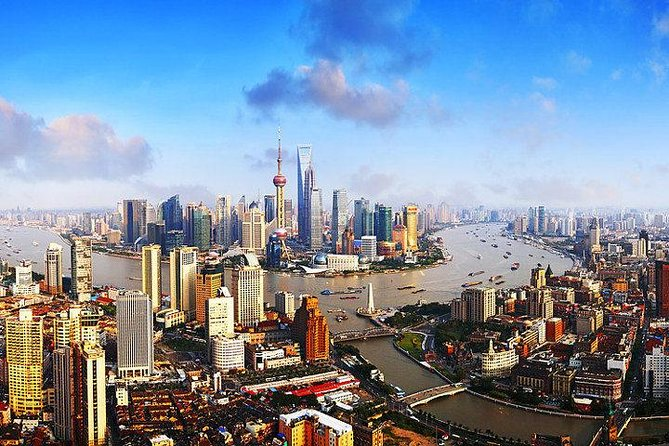 Full-Day Small-Group Tour of Classic and Modern Shanghai with Lunch