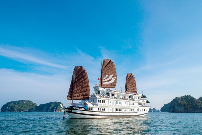 Bhaya 2-Day Halong Bay Tour with Optional Hanoi Transfer by Bus