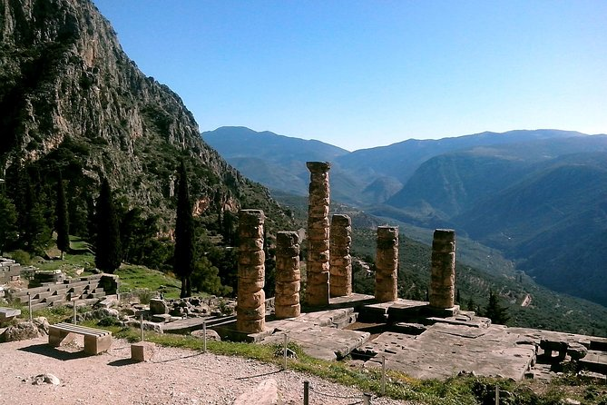 2-Day Private Tour to Delphi Meteora and Thermopylae photo 1