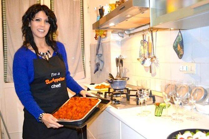 Leer pasta en Tiramisu maken met een Italiaans gezin in hun huis in Rome