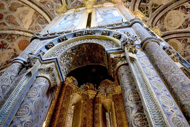 Tomar Convent of Christ and Fátima Sanctuary Private Day Tour