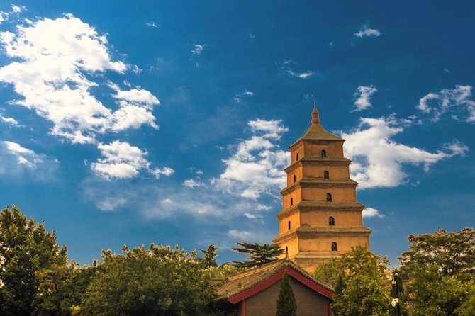 Xian Small Group Day Tour:Terracotta Army, Big Wild Goose Pagoda and City Wall