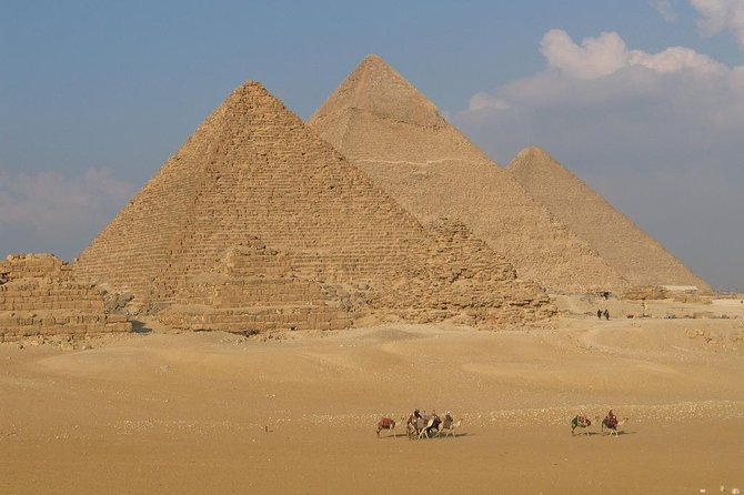 Full-Day Private Guided Tour of Giza, Saqqara and Memphis from Cairo