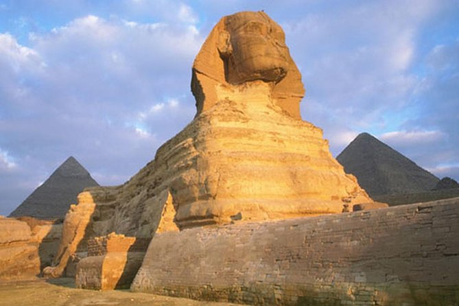 Full day tour to pyramids, Sphinx,Egyptian Museum, Coptic Cairo and Bazaar,Lunch