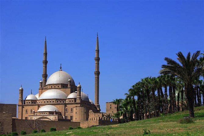 CAIRO DAY TOUR TO EGYPTIAN MUSEUM CITADEL and KHAN KHALILI BAZAAR