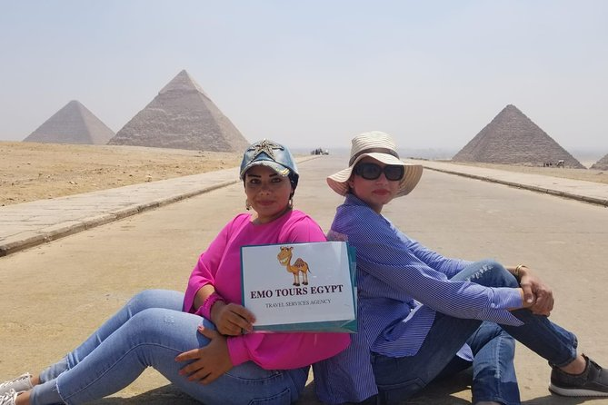 Private DAY TOUR TO GIZA PYRAMIDS,SPHINX WITH ENTRY inside