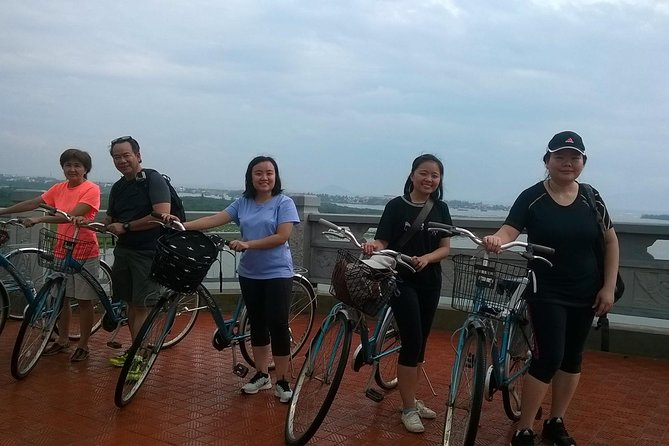 Hoi An bike tour to the nipa palm village to ride boat and do a herbal farming