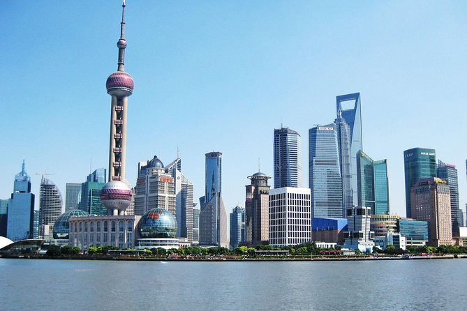 Modern Shanghai Day Tour: Oriental Pearl TV Tower, the Bund and Nanjing Road