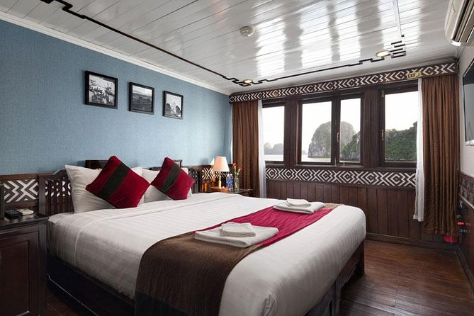Overnatting Halong Bay Cruise med Carina - Unnslippe turistfeltene