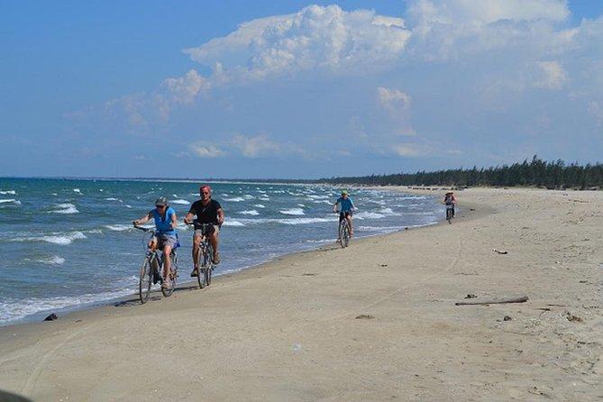 Tour escondido en bicicleta de playa desde Hoi An