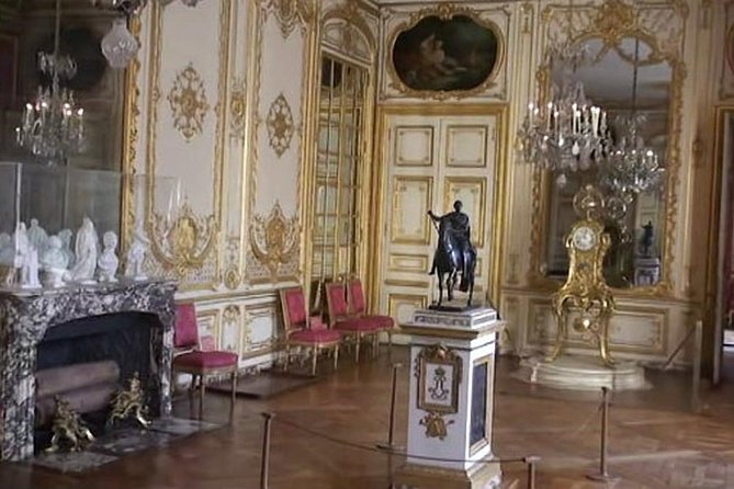 Private Tour: Full-Day Versailles & Private Apartments with Hotel Pickup