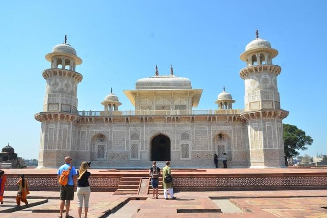 Agra Photography Tour with Taj Mahal Visit