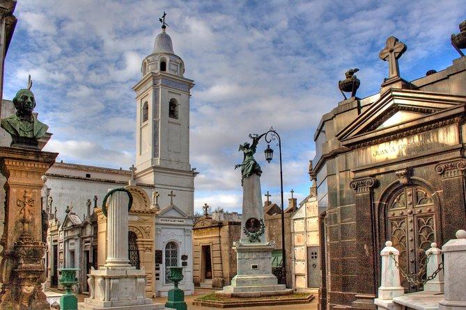 Walking Tour of the Recoleta Neighborhood in Buenos Aires