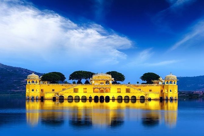 6- Days Private Heritage Golden Triangle Tour
