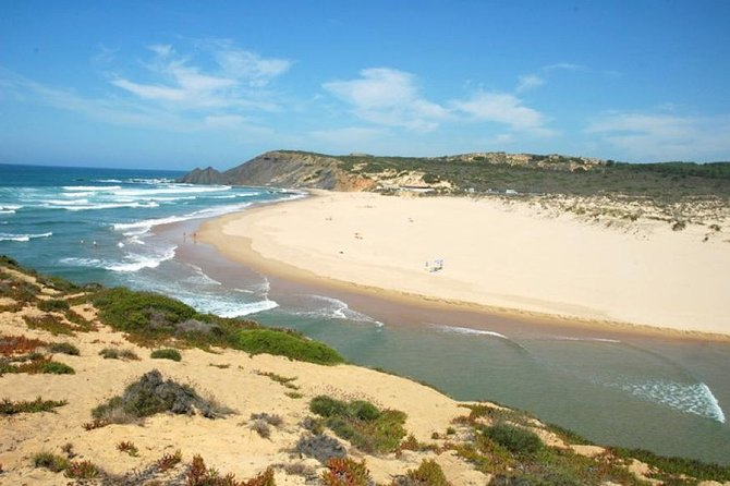 Full-Day Algarve Private Tour by Convertible Cabrio from Portimão
