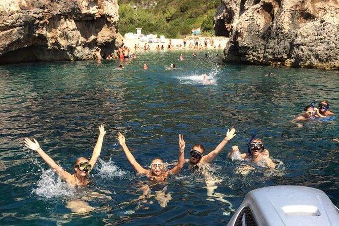 Excursion d'une journée vers la Grotte Bleue et Hvar au départ de Split