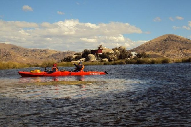Uros Kayaking and Taquile Island Day Tour photo 2