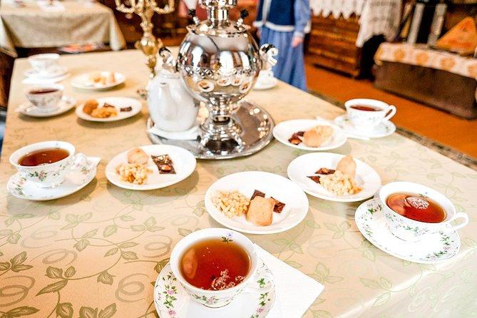 Private Food Tour in Kazan with Traditional Chak Chak Sampling