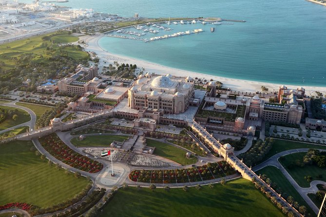 Half Day Abu Dhabi Sightseeing Tour -Heritage Village & The Grand Mosque & More