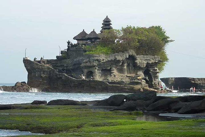 Private Chartered Car to Tanah Lot and Uluwatu