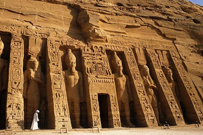 2 DAYS 1 NIGHT TO ABU SIMBEL and LUXOR FROM CAIRO