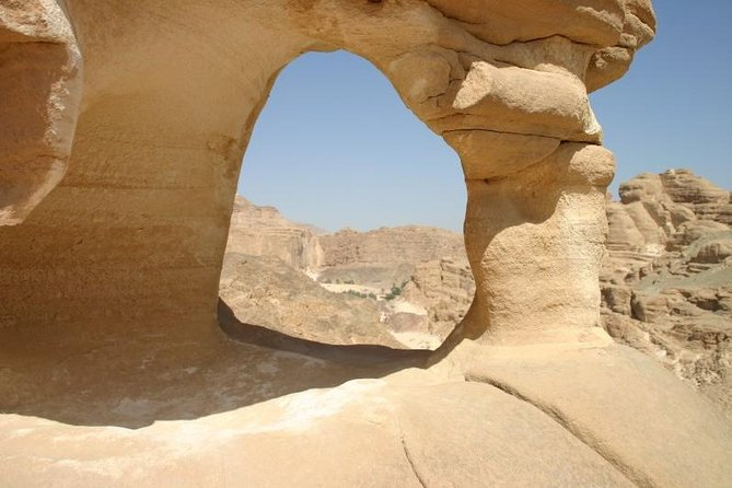 Salama Canyon and White Canyon Tour from Taba