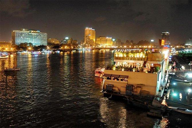 Crucero con cena en El Cairo y espectáculo Al Tannoura