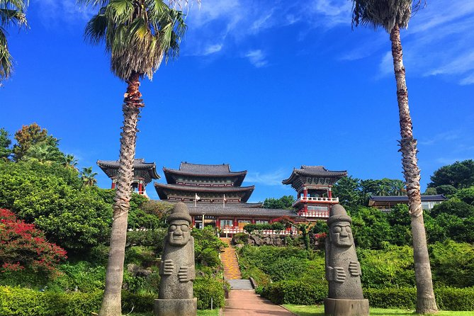 [Small Group]3-Day Jeju Island with Round-Trip Flights from Seoul