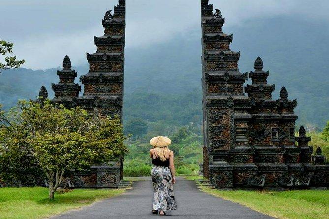 Private Bali Handara Gate, Ulun Danu Temple and Jatiluwih Rice Terraces Tour