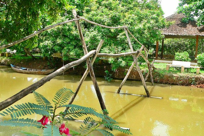 visite-a-la-pagode-thien-mu-en-bateau-dragon-a-hue