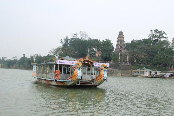 Hue: Thien Mu Pagoda by Dragon Boat