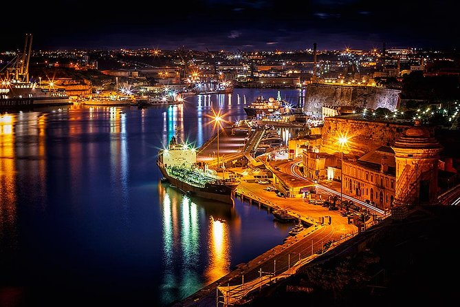Grand Harbour by Night