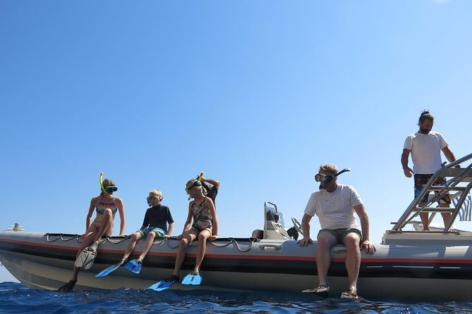 Privat Cruise til Poseidon Temple på Sounio Cape med Snorkeling og Svømning