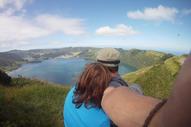 Full Day Sete Cidades and Lagoa do Fogo PRIVATE 4WD Tour with Lunch