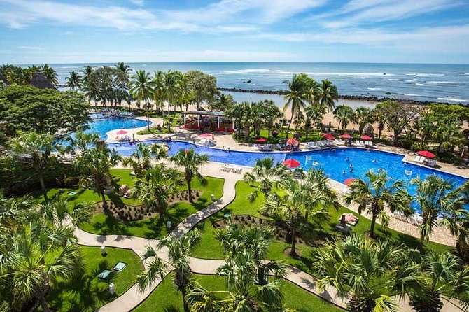 Private Arrival Transfer: Decameron Salinitas Hotel from International Airport
