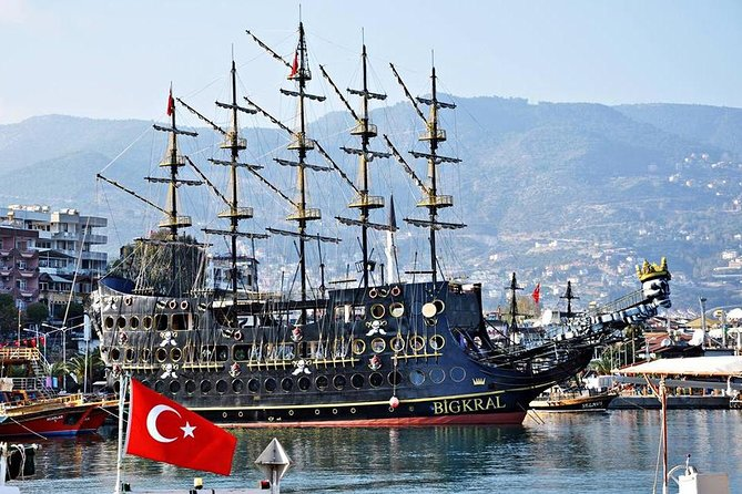 Pirate Ship with Alanya City visit with lunch and drinks