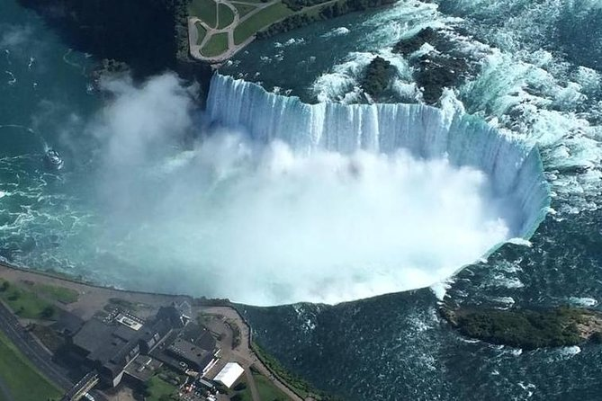 Niagara Falls Day Trips From Toronto with Hornblower Boat Cruise photo 9