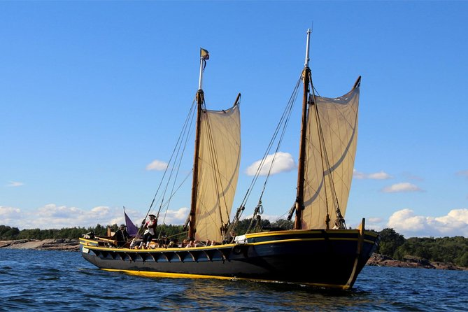 Exclusive 18th Century Sailing Experience and Suomenlinna Guided Tour
