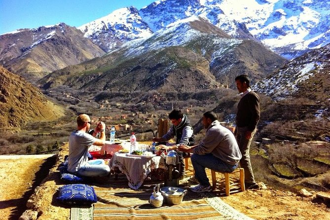 日帰り旅行:マラケシュからの3つの渓谷と高いアトラス山脈