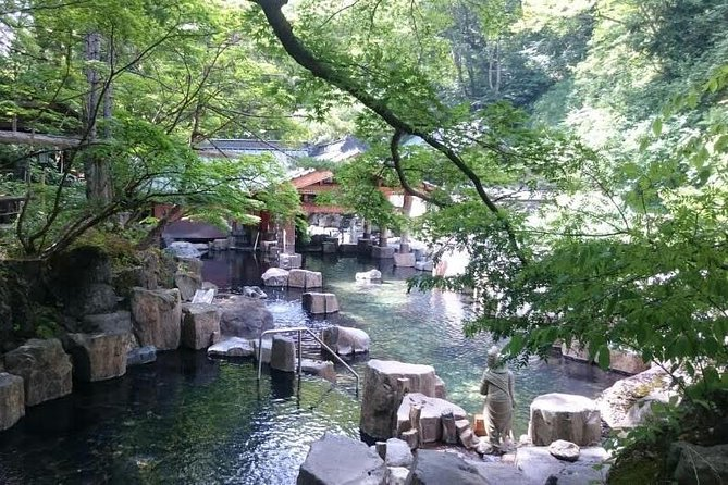 Day trip to Takaragawa Onsen, the Large Outdoor Baths along the River from Tokyo photo 1