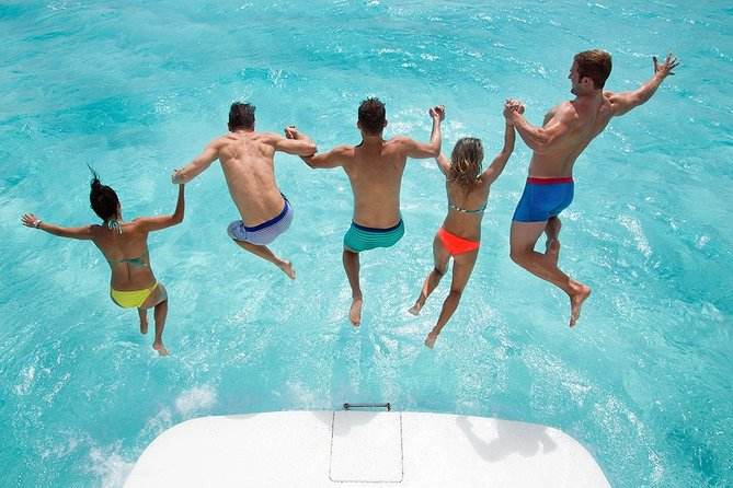 5-Hour VIP Private 42' Sea Ray Yacht 2-Stop Tour w/ Premium Bar & Personal Chef