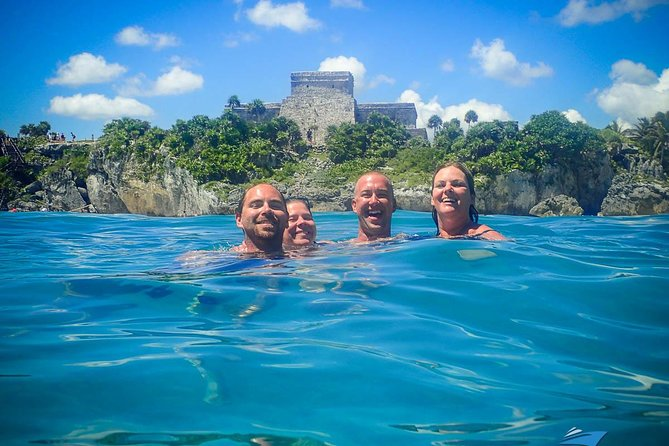 8-Hour Private 42' Sea Ray Yacht Tour to Tulum Sea w/Food, Open Bar & Snorkeling