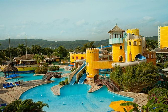 Montego Bay Shore Excursion: Day Pass Sunscape Splash Beach Resort