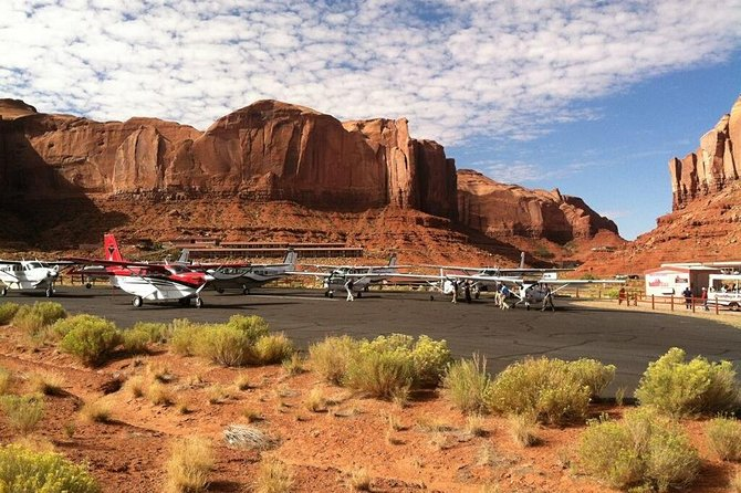 Monument Valley, Canyonlands National Park and Natural Bridges Air Tour